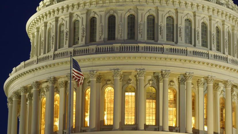 Американские СМИ считают, что либерально-демократический миропорядок дал трещину