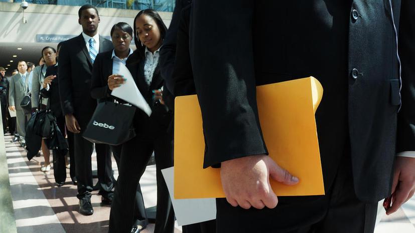 Наплыв мигрантов лишает граждан США рабочих мест