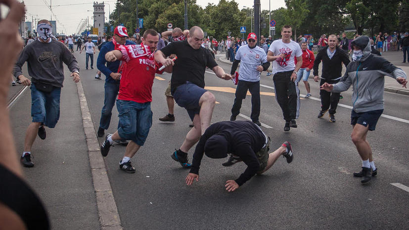 Суд в Варшаве рассмотрит дело об избиении российских болельщиков на Евро-2012