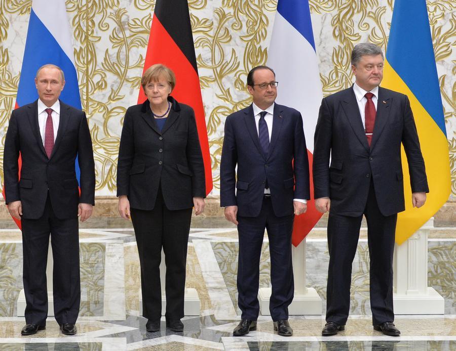 Владимир Путин, Ангела Меркель, Франсуа Олланд и Пётр Порошенко продлили Минские соглашения