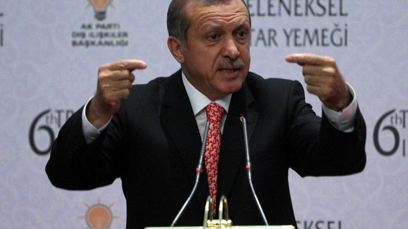 Турецкие войска усиливают позиции на границе с Сирией