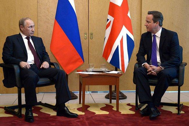 Встреча Путина и Кэмерона во Франции началась без традиционного рукопожатия