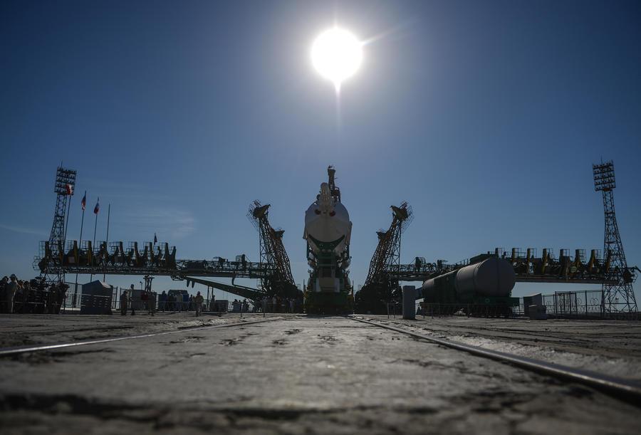 Россия готовится отправить в космос три лунных аппарата