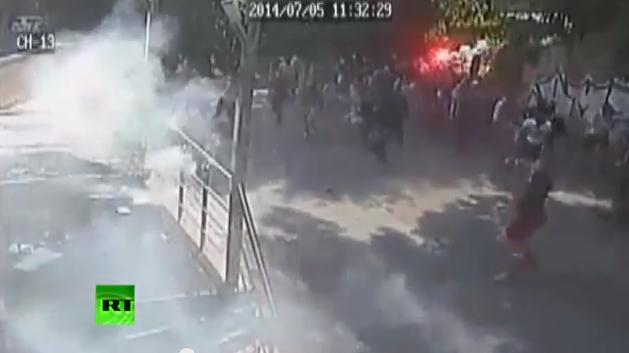 Свобода слова по-украински: Журналистов газеты «Вести» радикалы травили газом