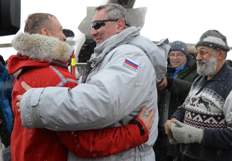 Поездка вице-премьера Дмитрия Рогозина на Шпицберген вызвала недовольство властей Норвегии