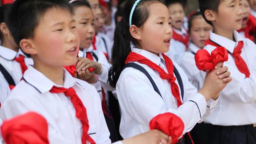 В Китае запретили курение в школах и детских садах