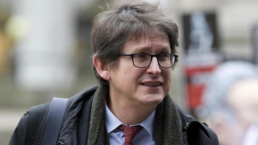 Власти Великобритании могут закрыть газету The Guardian в связи с публикацией материалов Эдварда Сноудена