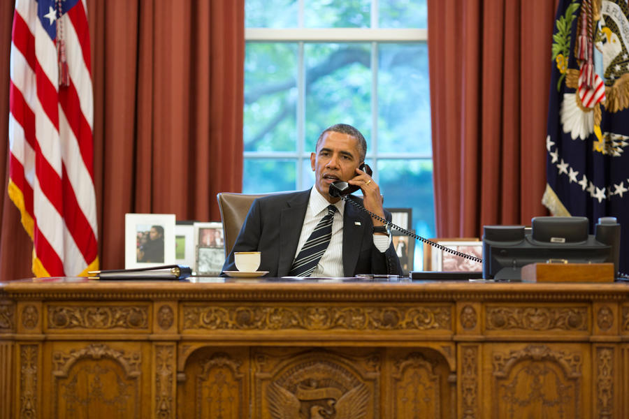 Республиканцы в конгрессе поставили администрацию Барака Обамы на грань банкротства