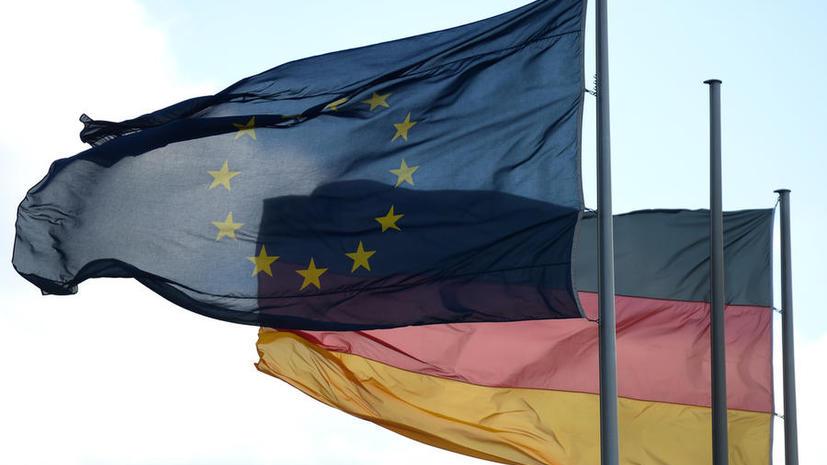 Немецкие СМИ: Вслед за Шенгеном может исчезнуть и евро