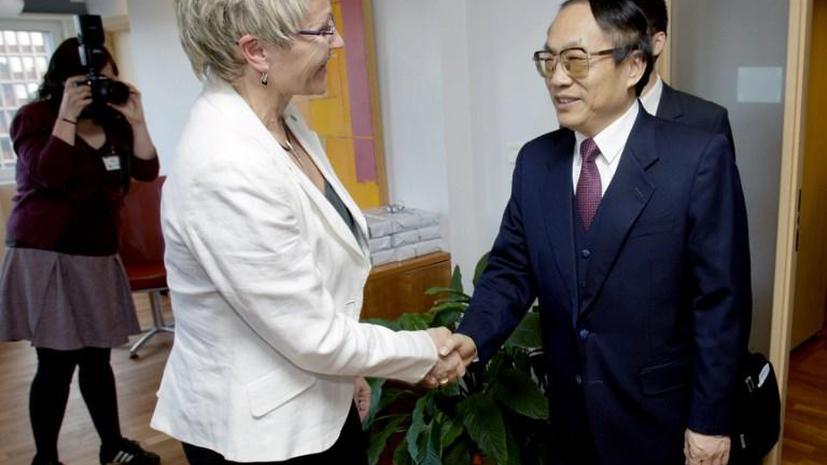 Бывший министр железных дорог Китая приговорён к смертной казни за взяточничество