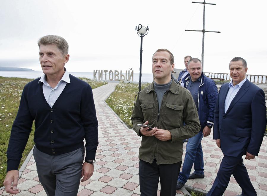 Дмитрий Медведев прибыл с визитом на Курилы