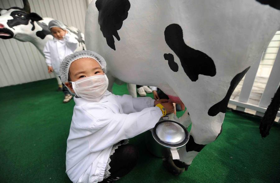 Обезжиренное молоко оказывает на детей обратное действие