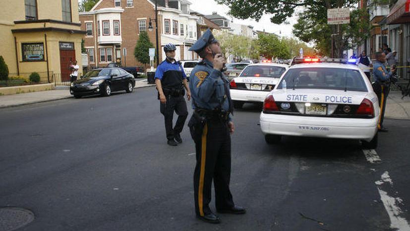 Житель Нью-Джерси взял в заложники собственных детей