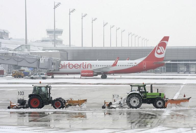 Из-за футболиста «Базеля» посадили самолет: игроку стало плохо на рейсе в Санкт-Петербург