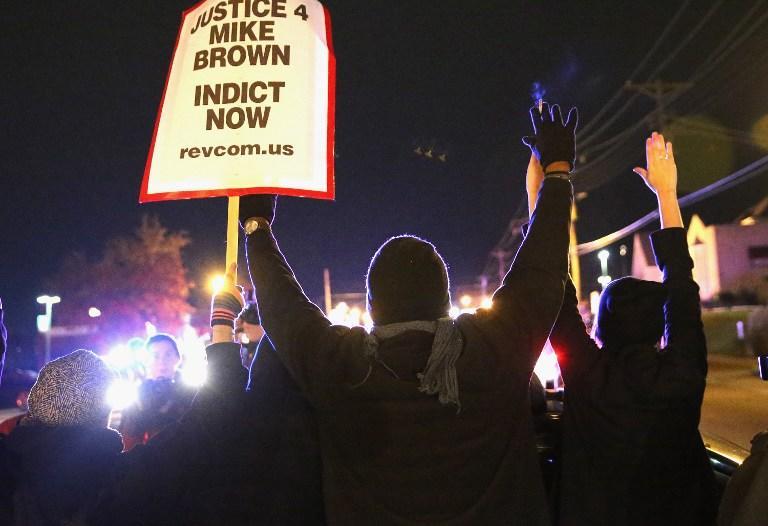 В США присяжные отказали в уголовном преследовании полицейского, застрелившего подростка