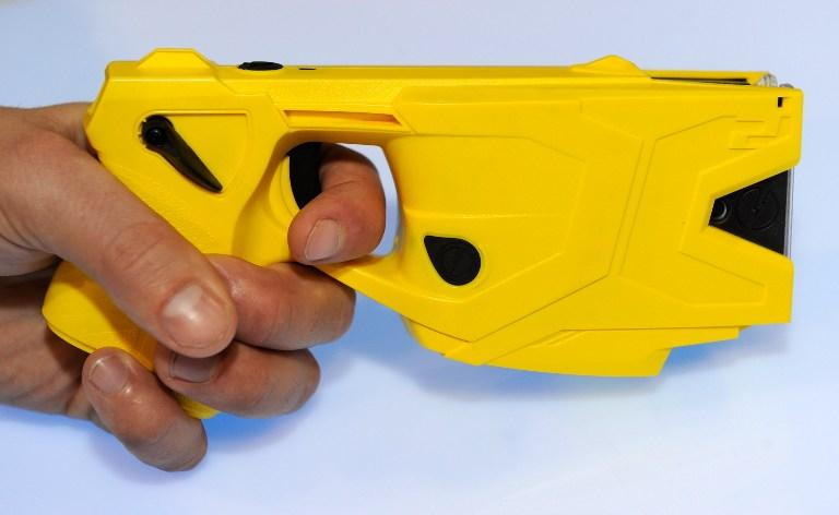 Житель Манчестера погиб в результате применения полицейскими электрошокера