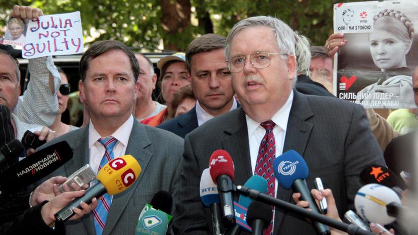 СМИ: Вашингтон запросил согласие Москвы на назначение экс-посла на Украине Джона Теффта послом в РФ