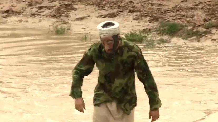 Американский режиссёр пересёк границу США в костюме Усамы бен Ладена