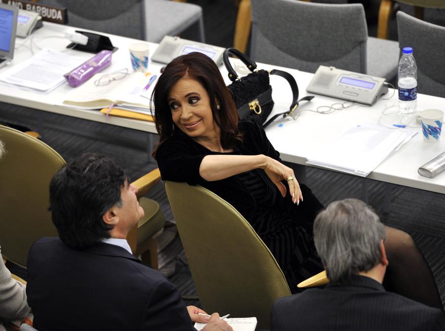 Президент Аргентины отправится в отпуск из-за внутричерепного кровотечения