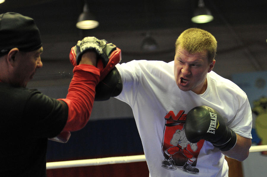 Александр Поветкин и Владимир Кличко поделят на ринге $23 млн