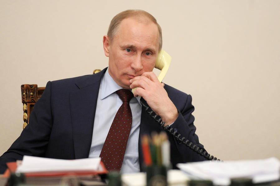 Владимир Путин призвал прекратить карательную операцию на востоке Украины