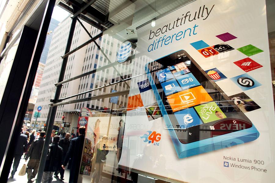 Эксперты: Android и Apple поделили между собой почти весь мир мобильной связи