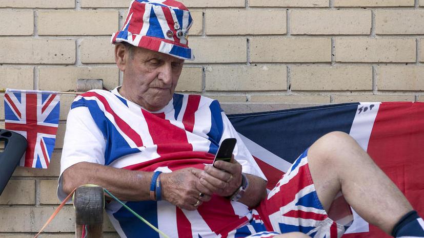 Британские власти тестируют систему смс-оповещения о катастрофах