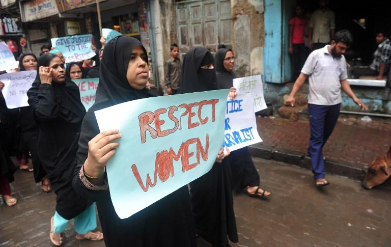 В Индии каждый час погибает женщина, чей супруг оказался недоволен приданым