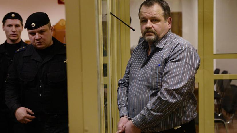 Мособлсуд приговорил авиадебошира Сергея Кабалова к 3,5 годам колонии
