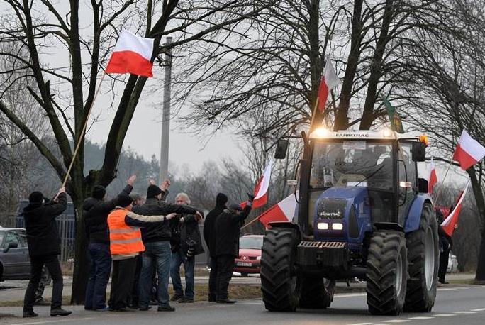 В Польше фермеры заблокировали железную дорогу Москва — Варшава