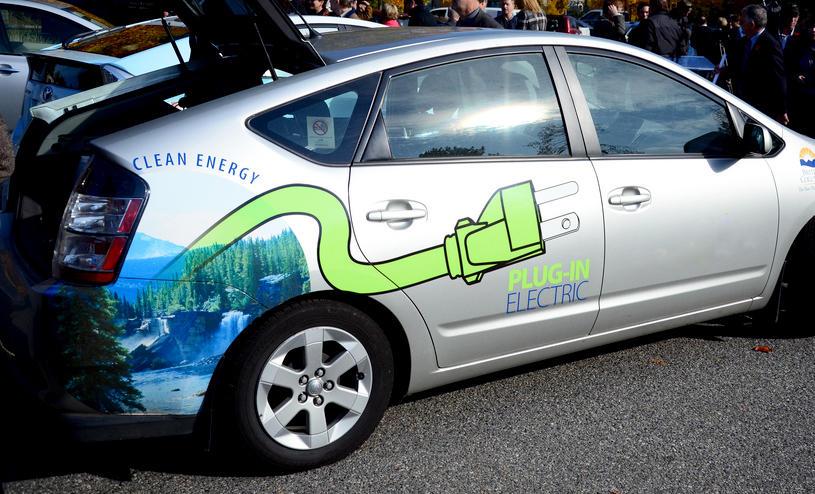Исследование: Электромобили вреднее бензиновых
