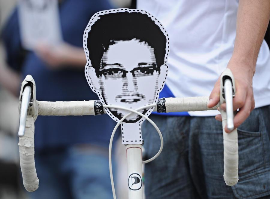 МИД России больше не будет давать комментарии об Эдварде Сноудене