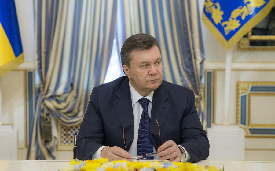 Виктор Янукович попросил Россию обеспечить ему «личную безопасность от действий экстремистов»