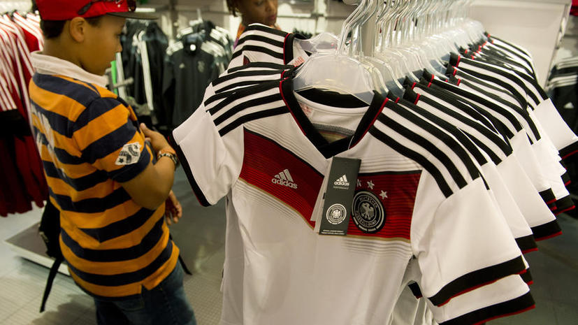 Чипы в футбольной форме Adidas могут позволить отследить местоположение её владельца