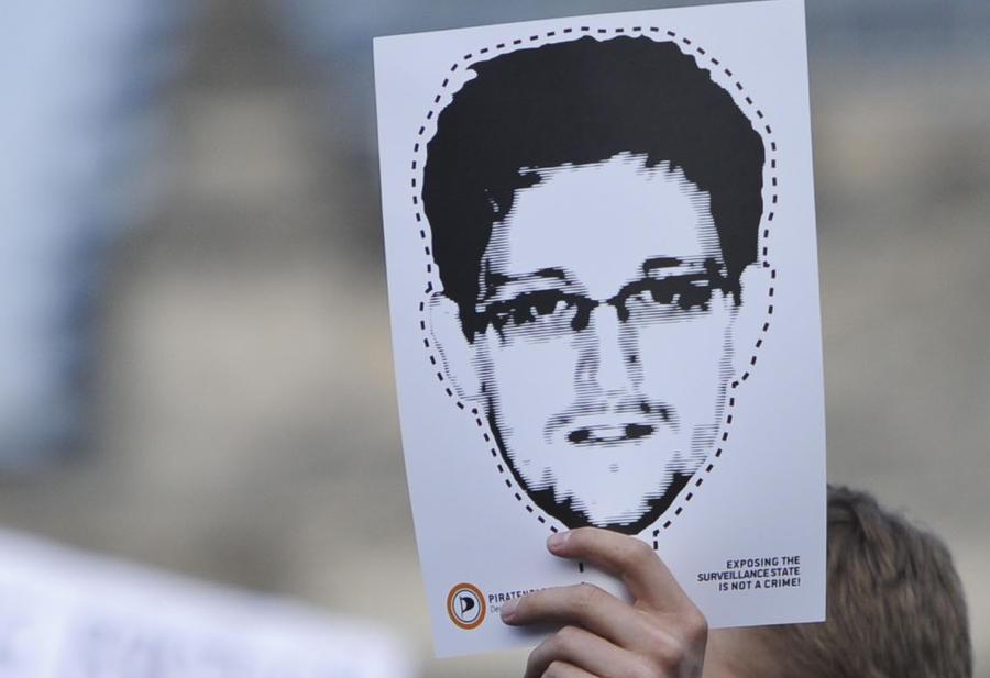 Эдвард Сноуден становится сувенирным брендом