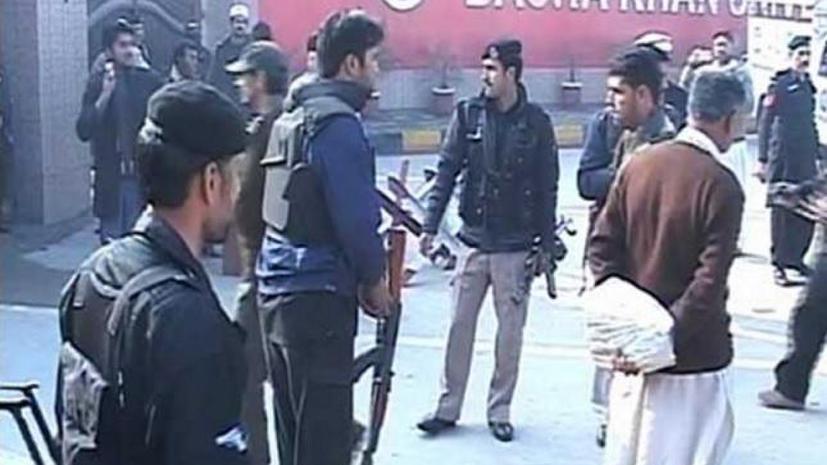 Десятки человек погибли в результате нападения боевиков «Талибана» на университет в Пакистане