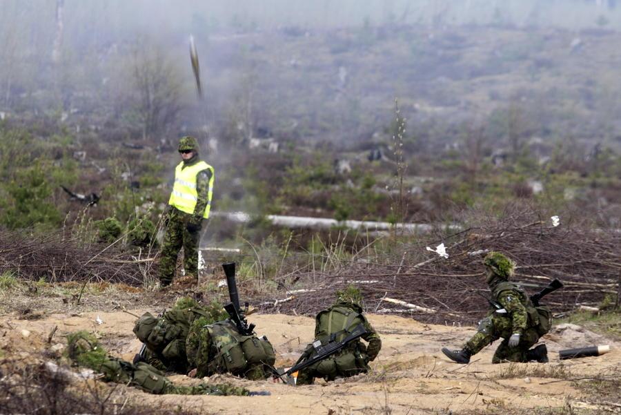 The Financial Times: Эстония открыла сезон охоты на «зелёных человечков»