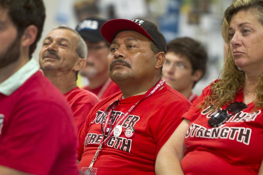 Страх и ненависть в Лас-Вегасе: полиция разогнала митинг обманутых работников казино