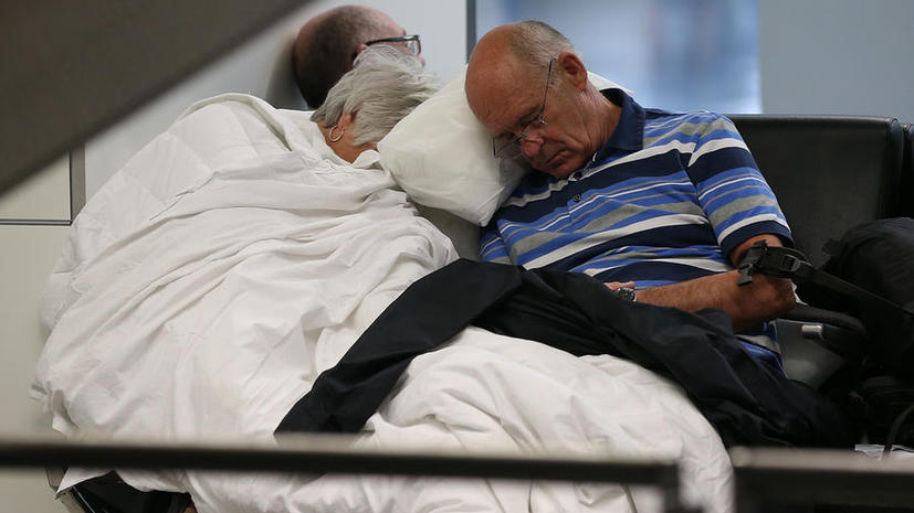 В США на борту самолёта забыли спящего пассажира