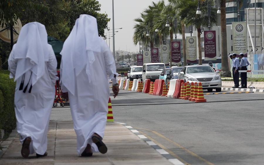 Катар скупает зарубежные активы, чтобы замедлить «сползание» собственной экономики