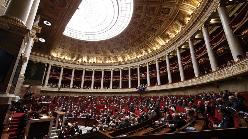 Против и просто устали: парламент Франции обсудит отмену антироссийских санкций