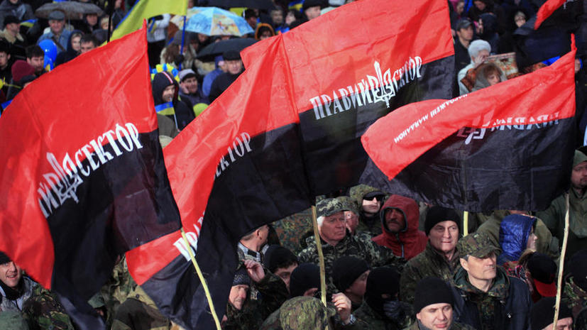 Британские СМИ: Киев вынужден бороться со своими же фашистами