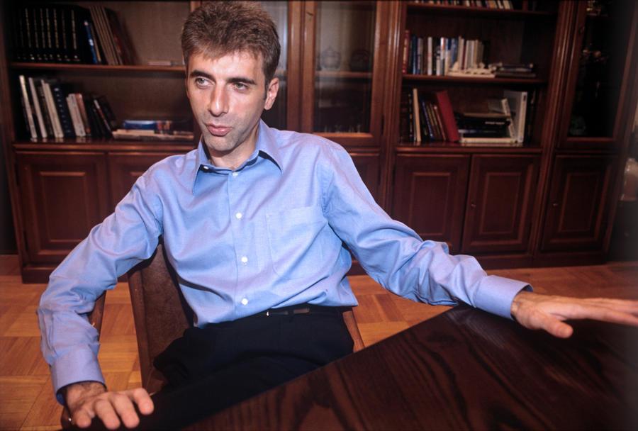 Московский суд признал Леонида Невзлина виновным в хищении акций