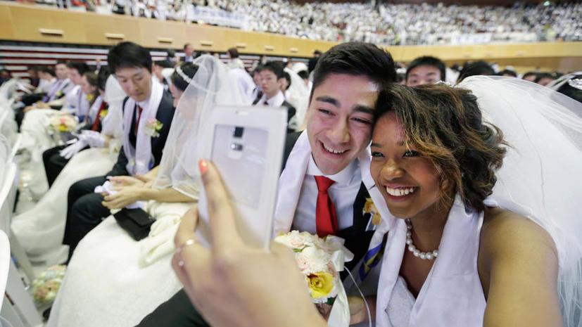 Около 3,8 тыс. пар со всего мира поженились в Южной Корее