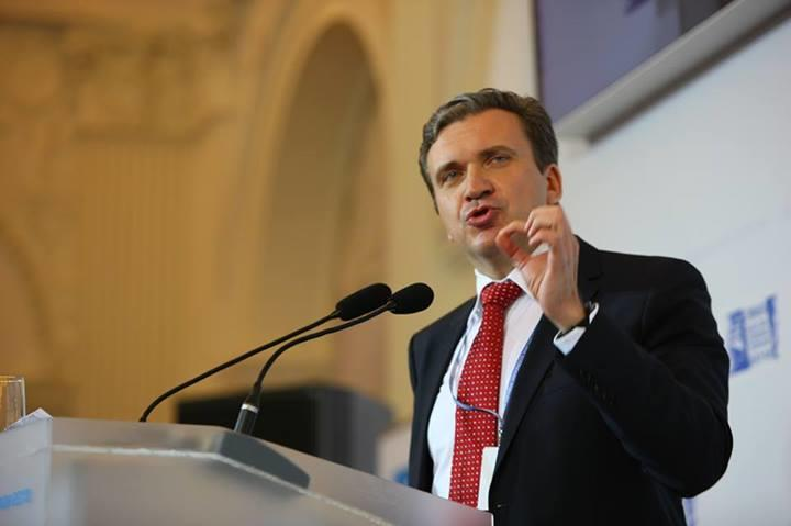 Министр экономики Украины: Соглашение с ЕС грозит Украине полной потерей отрасли машиностроения