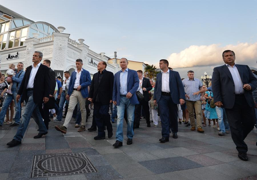 СМИ: Крепкая дружба Владимира Путина и Сильвио Берлускони по-прежнему пугает Запад