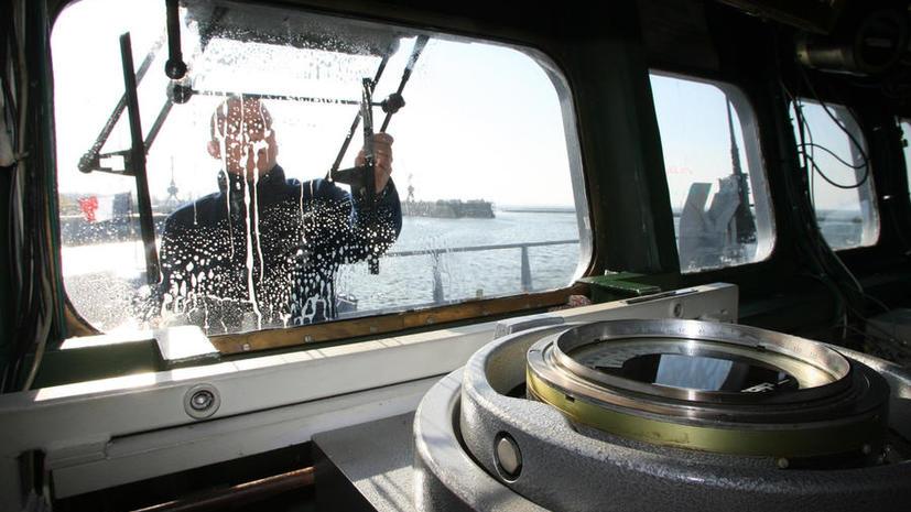 SOS: Российские моряки оказались брошенными в китайском порту и просят помощи