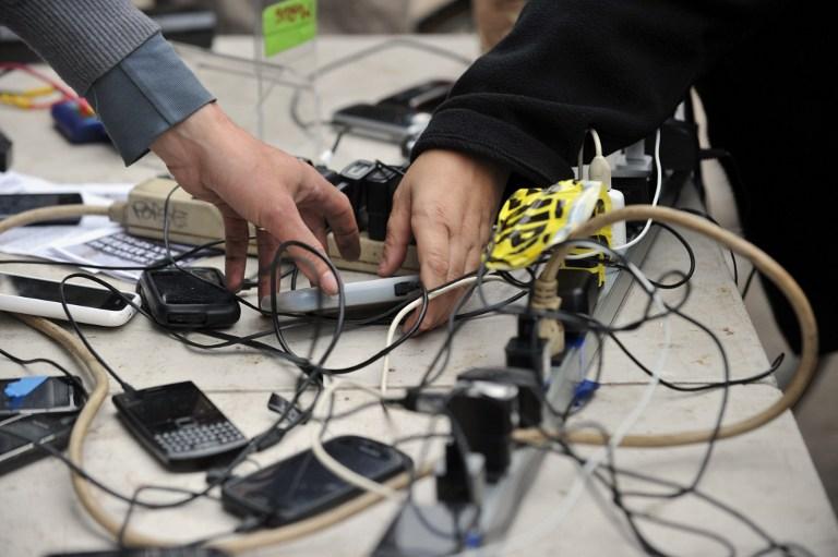 Английские дети зарабатывают на жизнь воровством мобильных телефонов