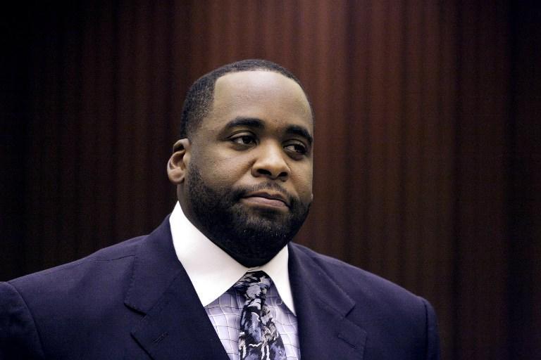 Суд приговорил экс-мэра Детройта к 28 годам тюрьмы за коррупцию