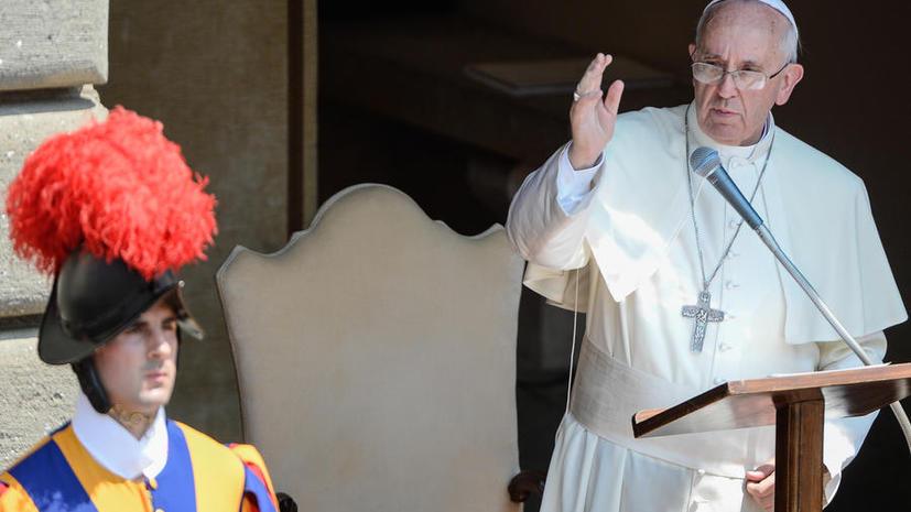 Гей-лобби в Ватикане: прелат Совета управляющих ватиканского банка оказался гомосексуалистом